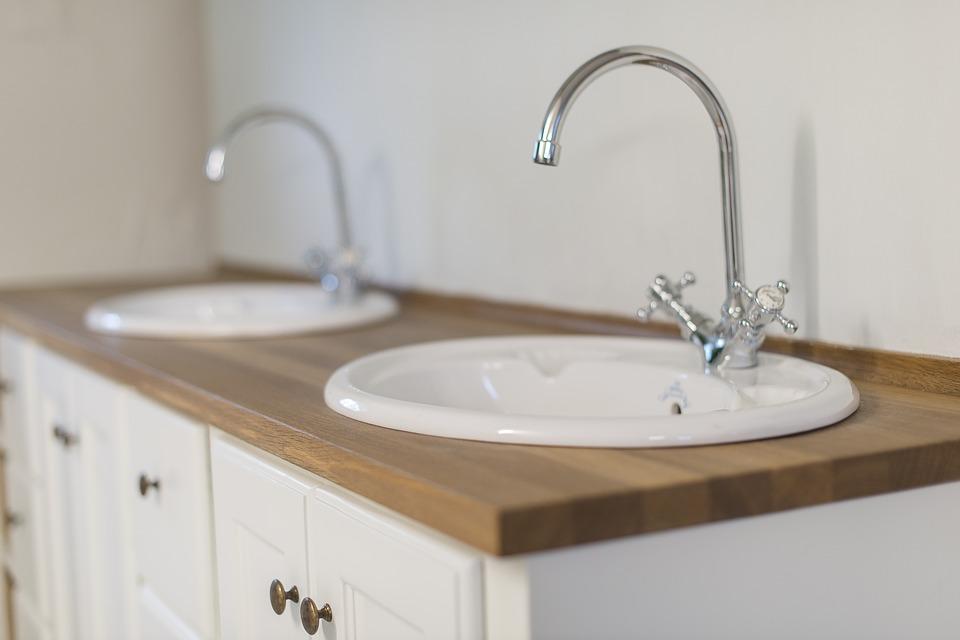 Spacious and cozy bathroom vanities