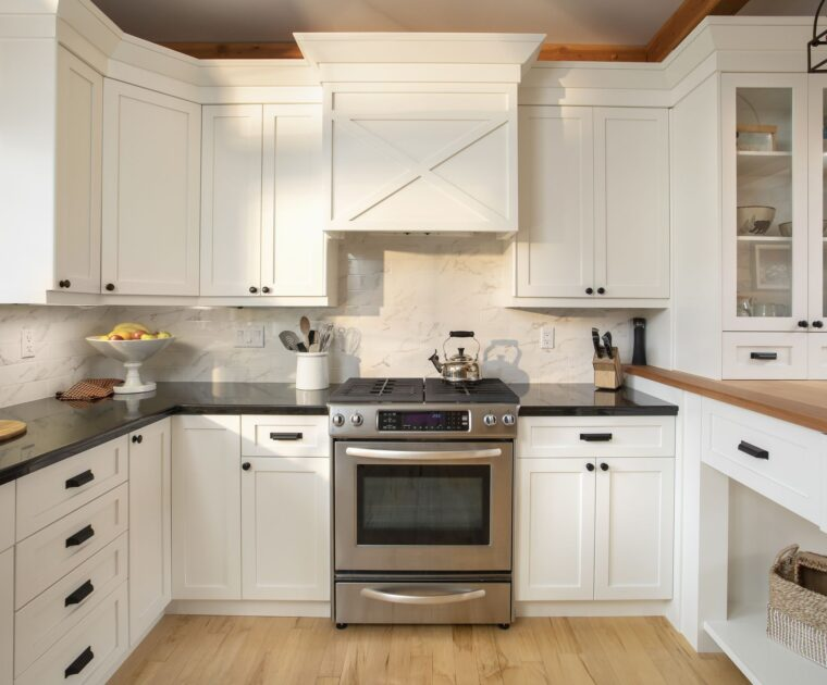 Kitchen-Cabinets-in-Mississauga